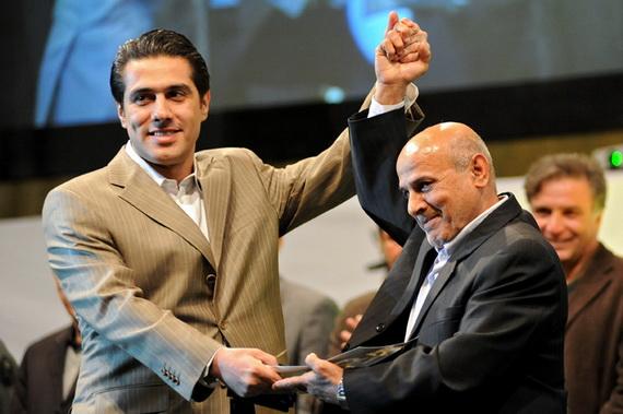http://www.perspolisnews.com/images/88/Jashn_100/12.jpg